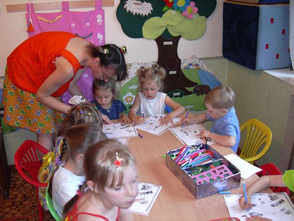 Обучение детей по методике Монтессори